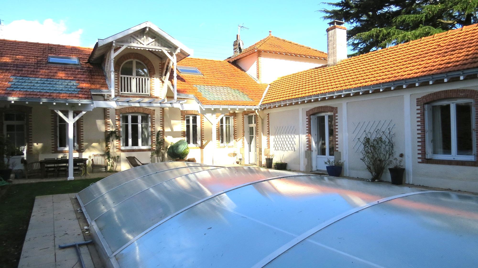 Alix deveaux immobilier for Garage nantes sud